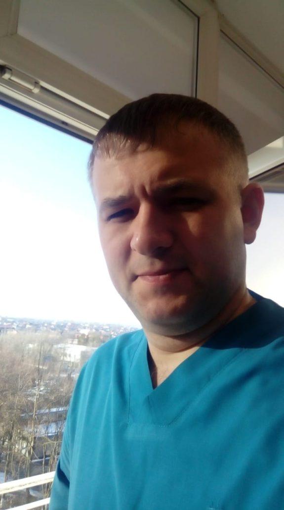 Онколог торакальной хирург - Анистратов