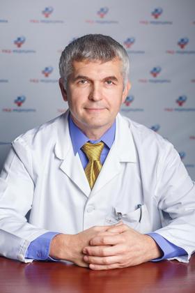 Козубенко Владимир Владимирович. Врач высшей категории. Нейрохирург. Заведующий нейрохирургического отделения Дорожной клинической больницы